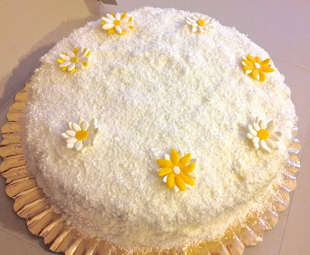 Farmers Cheese Cake With Lemon And Coconut