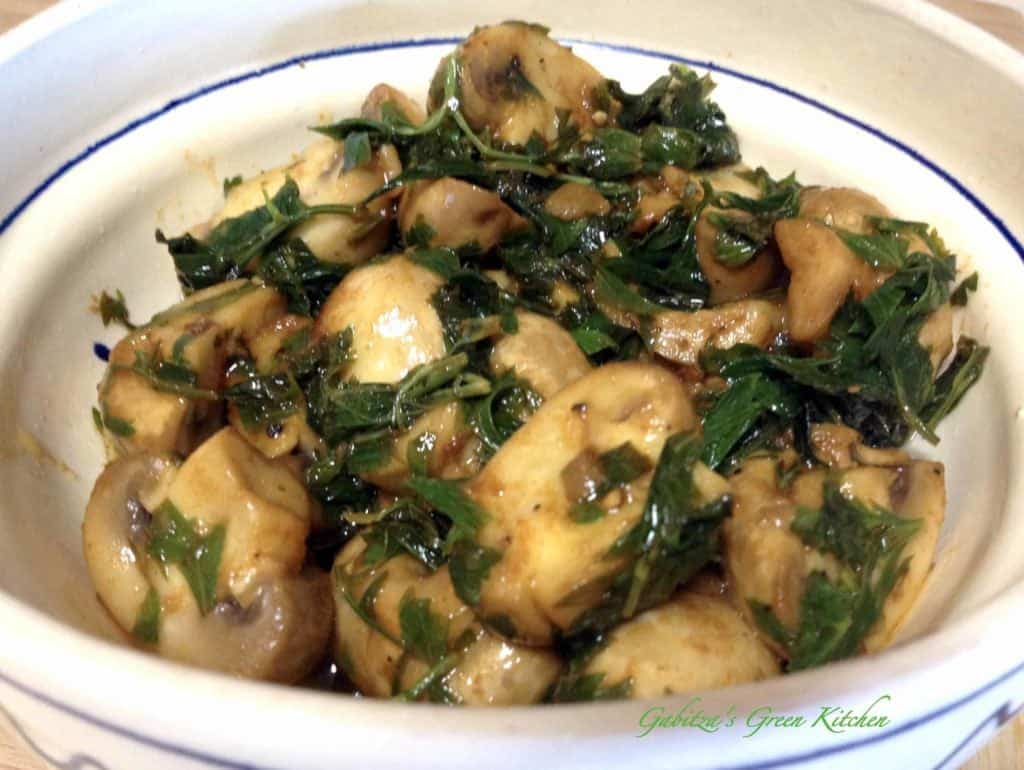 Lemon garlic mushrooms
